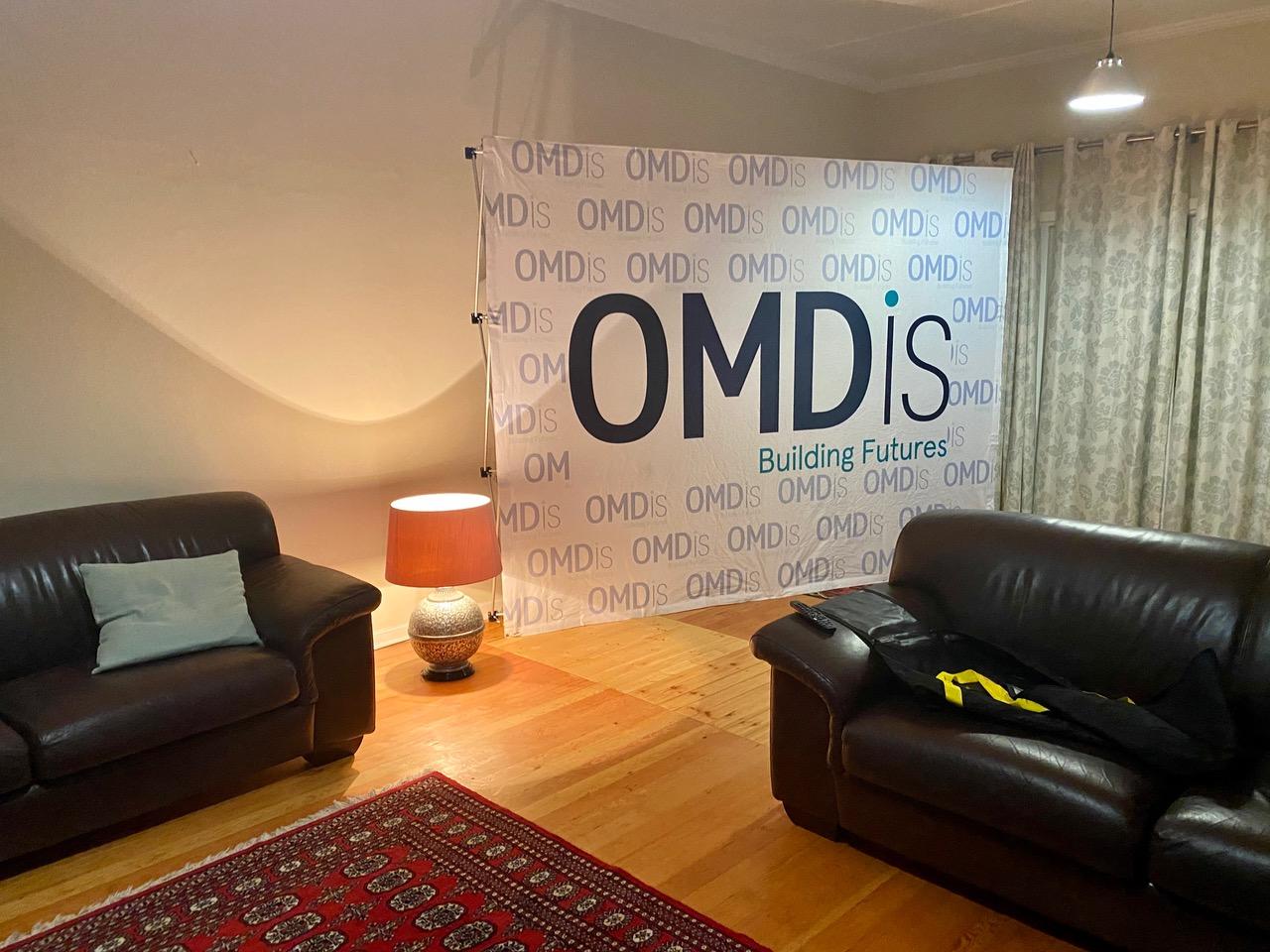 OMDis signage